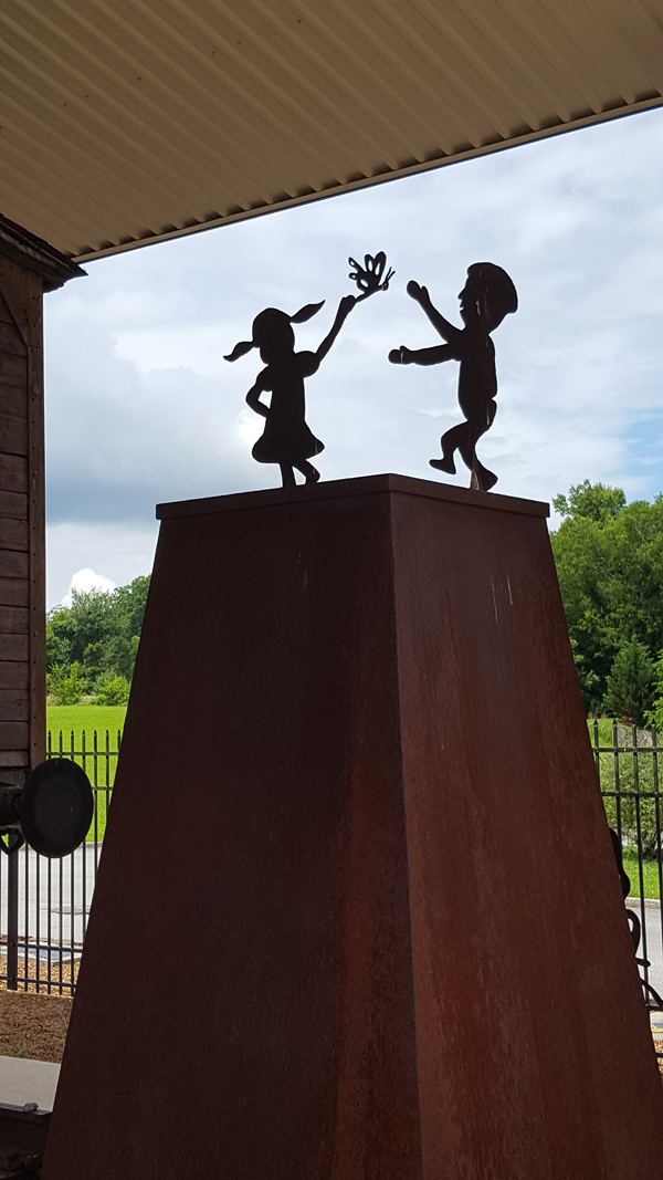 Whitwell childrens sculpture